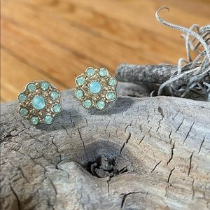 Premier Designs Hint Of Mint Gold Stud Earrings